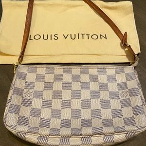 Louis Vuitton pochette damier azur canvas